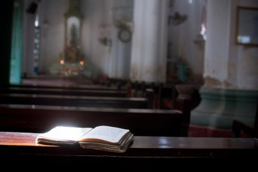 bible-in-church